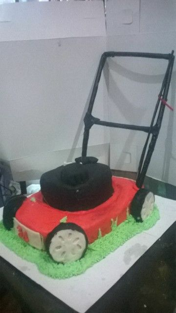 11 Best Lawn Mower Cake Ideas Images On Pinterest Lawn