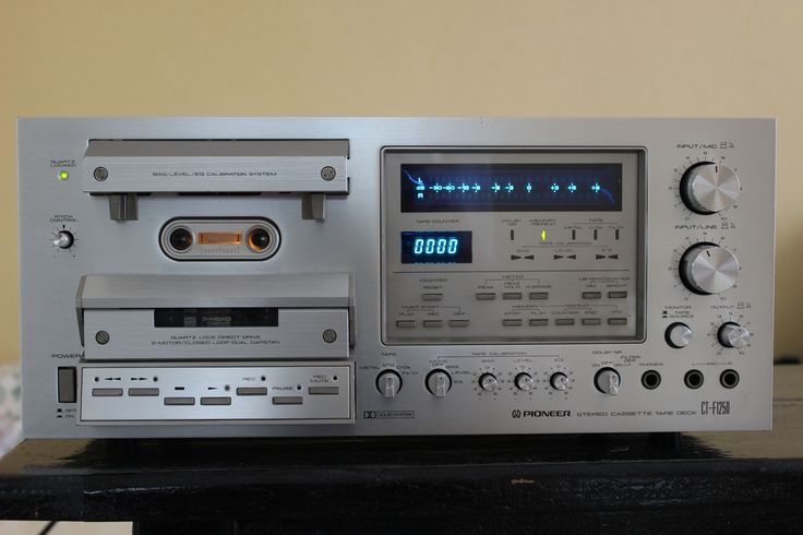 Stereo System With Turntable likewise 175708 together with 290130400973908350 as well 617 also audiobuys. on nostalgia teac stereo system