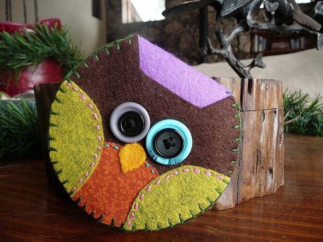 Front: Felt Owl Change Purse by squirrelsnestboutique, via Flickr