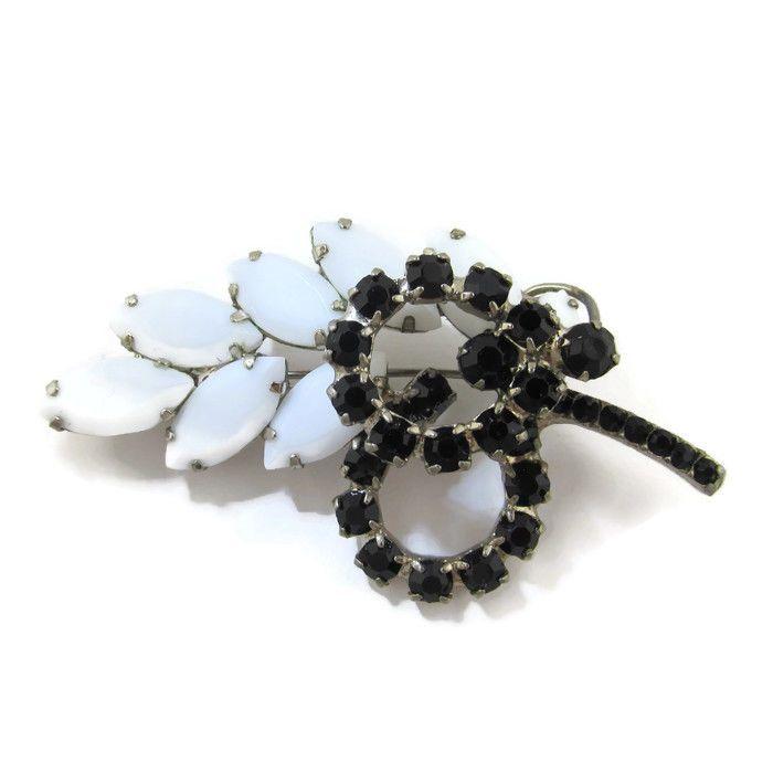 """Vtg Leaf Flower Brooch Pin Prong Set Stones Black White Milk Glass High End 2.5"""" #Unbranded"""