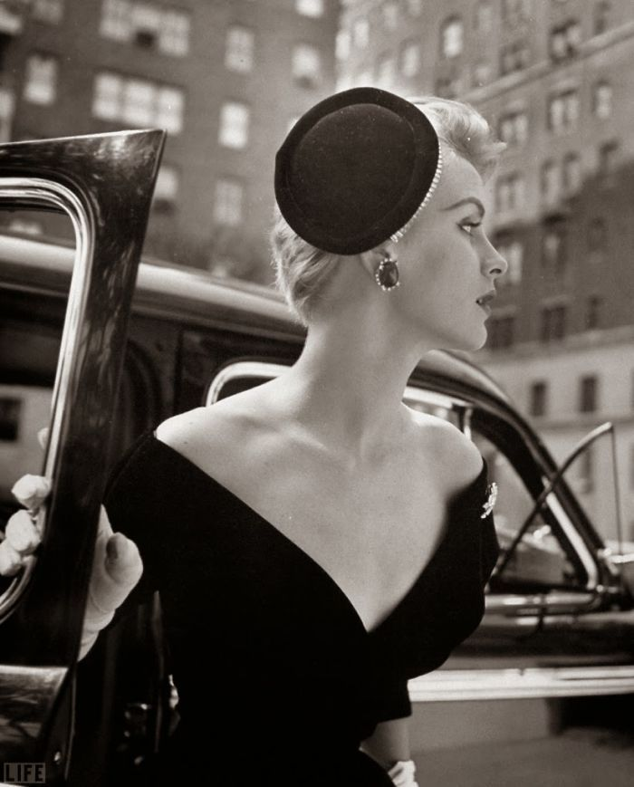 1940s And 1950s Fashion Photography By Nina Leen Vintage Fashion Photography Vintage Fashion Vintage Beauty