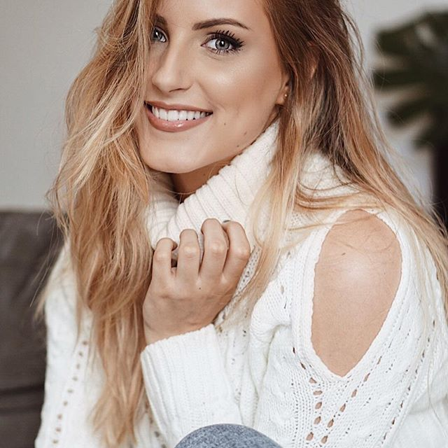 Bonjour à tous ! Je viens de vous publier ma sélection shopping pour la rentrée. Vous trouverez le lien de mon blog dans ma bio 💶🤗👢N'hésitez pas à me donner vos propres coups de coeur ! #wishlist #shopping #backtoschool #blonde #blogueuse