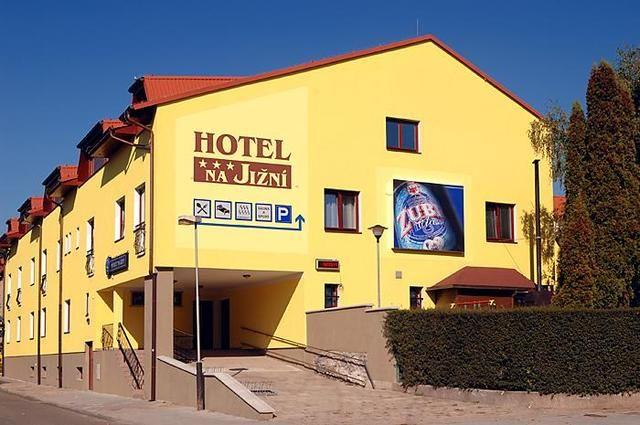 Hotel Na Jižní - Přerov  www.najizni.cz Hotel 3*