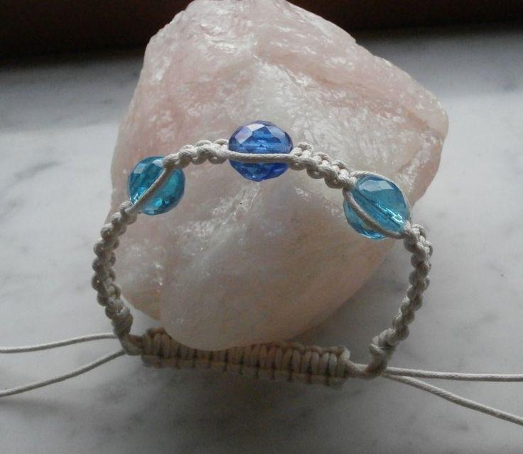 braccialetto in cotone, stile shambala, macramè nodo quadrato, con perle di vetro sfaccettate