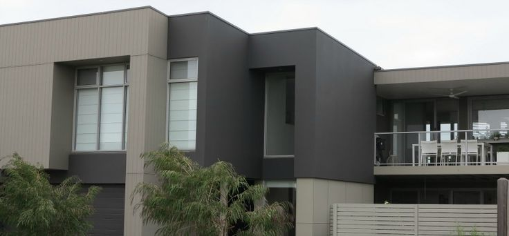 Torquay Roofing Project Colorbond Woodland Grey® featured in Torquay Roofing Project True Blue Roofing Pty Ltd have just completed this new Colorbond metal roof for a brand new home in Torquay, Victoria. Torquay is situated 21kmSouth of Geelong and is the gateway to the Great Ocean Road. The owners of this new home chose to...