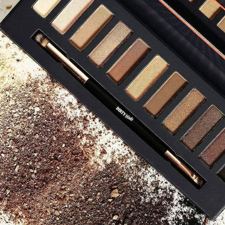 Shadow world Υποδεχτήκαμε την καινούργια σειρά μακιγιάζ της #dirtyworks σας περιμένουμε να την ανακαλύψετε #dirtyworks #cosmetics #facecare #makeup #eyeshadow #eyeshadowpalette #eyemakeup #makeupparty #face #beauty #farmakeio #pharmacy #ioanna_zikidi_pharmacy