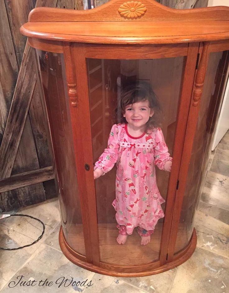 Best 25+ Small curio cabinet ideas on Pinterest | Small china ...
