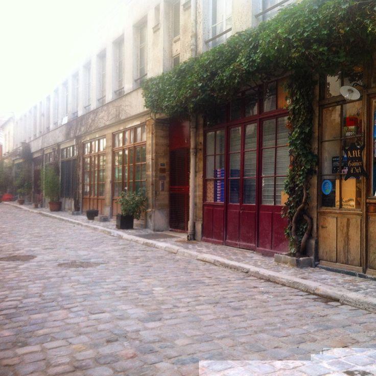 9 best Paris images on Pinterest | Street, A paris and Bistros