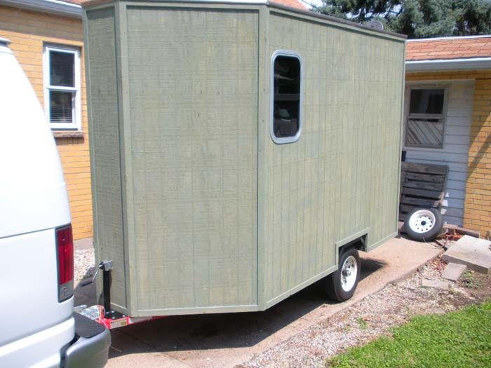 This was a contribution from one of our visitors. Thanks, Gary! He built his own mini camper. Here are the details that he sent me. Custom Mini Camper It was a 4 x 8 Harbor Freight trailer that was...