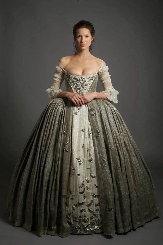 So, in this week's Outlander, we finally get to the episode all Outlander book fans have been waiting for. The wedding! It's an arranged marriage, basically forced upon Claire, in order to make her Scottish and protect her from the evil British Army Captain Randall. (Meanwhile, she still has a 20th century husband whom she …