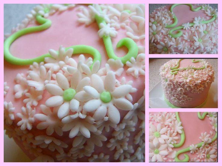 maličká meninová torta