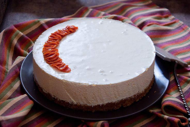 Carrot Cheesecake - http://mealinspire.com/carrot-cheesecake/ Carrot Cheesecake Most people would agree that the cream cheese frosting is the best part of any carrot cake, so it makes perfect sense to replace it with a thick layer of creamy cheesecake. These two classic cakes make one show stopping mash-up dessert    Directions  For the carrot cake:...