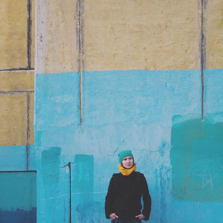 Совпадение @nmamaeva2311  #travel #portrait #color #портрет #цвет #путешествие #стена #россия #wall #russia #streetart #streetphoto #streetphotography #улица by savled