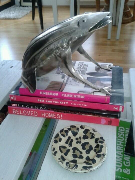 Frog & Books