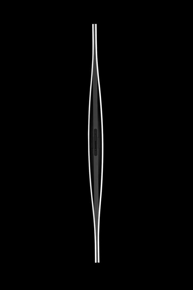 Blow - visione di profilo....tante sinuose curve
