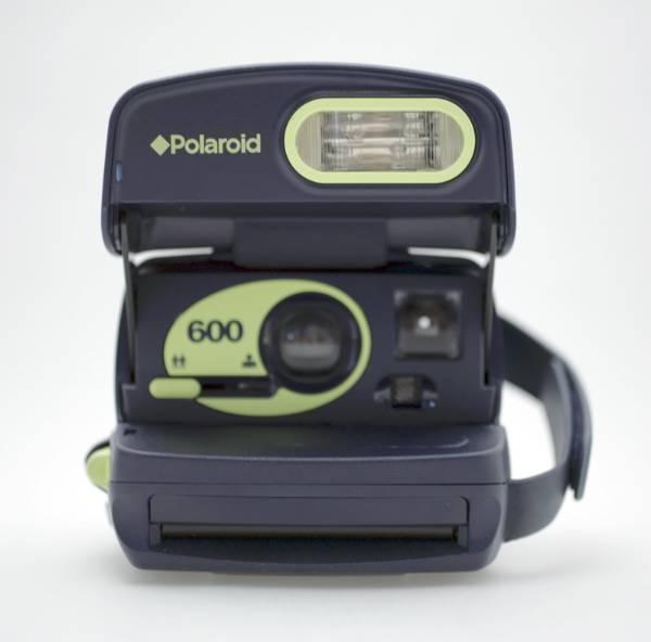 POLAROID 600 Sofortbildkamera / Funktion OK in Wetzikon ZH kaufen bei ricardo.ch