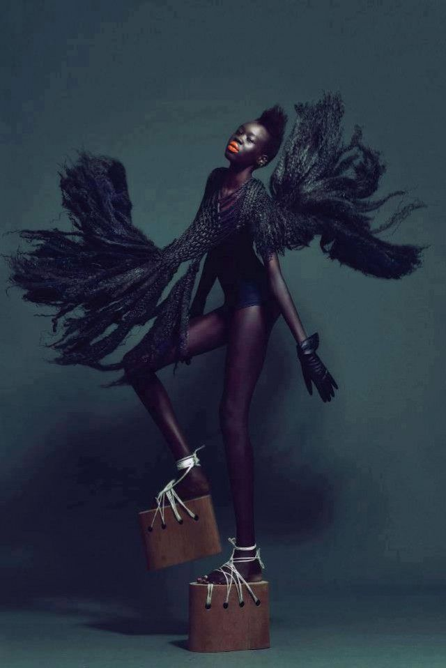 Alek Wek #fashion #editorial #photography #movement #moda #fotografia