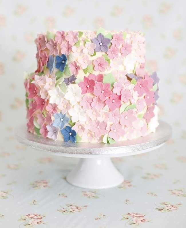 House of Ollichon loves...Spring Inspired Wedding Cake. #springwedding #alternativeweddingdress #bridalwear #jumpsuit #twopiece #weddinginspiration