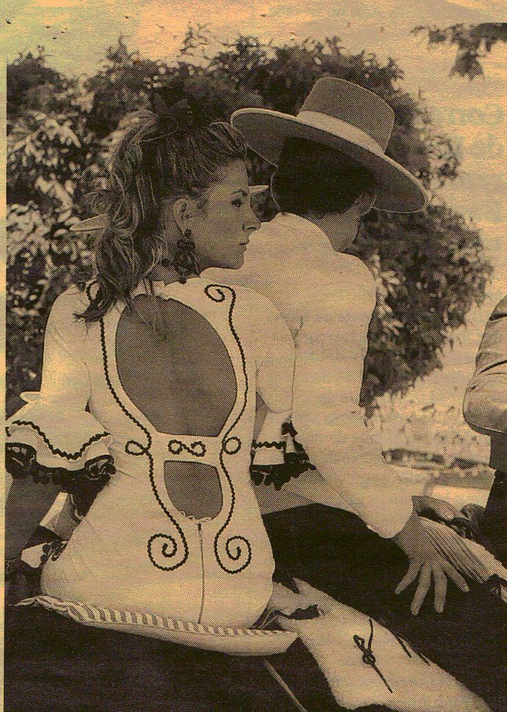 Espalda traje de flamenca
