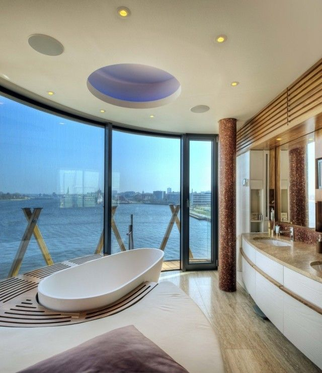 Luxus Badezimmer Grosser Fensterfront Badewanne
