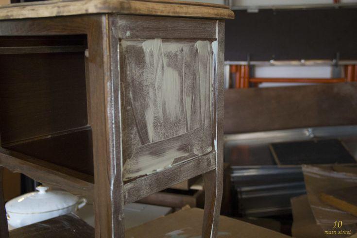 j 39 ai test la chalk paint action et c 39 est plut t bien en. Black Bedroom Furniture Sets. Home Design Ideas