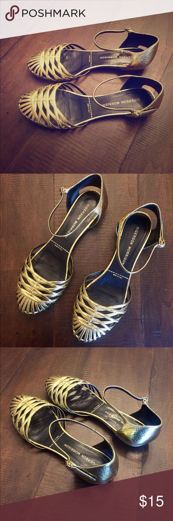 Women's Sigerson Morrison Gold Sandals Size 6 Women's Sigerson Morrison Gold Sandals...Size 6...Made in Italy...only worn one or two times...in great shape. Sigerson Morrison Shoes Sandals