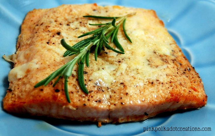 Pink Polka Dot Creations:  Parmesan Crusted Salmon Recipe.  An easy, flavorful way to make salmon!
