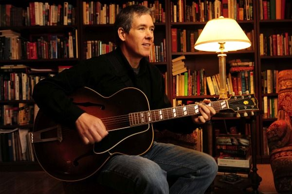 Pete Huttlinger - Oh He can play the guitar.