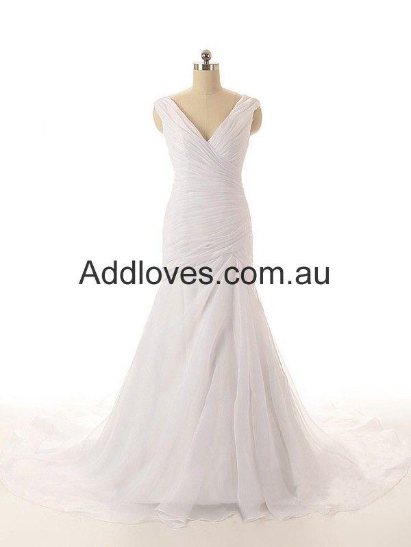 Mermaid/Trumpet V-Neck White Organza Wedding Dresses