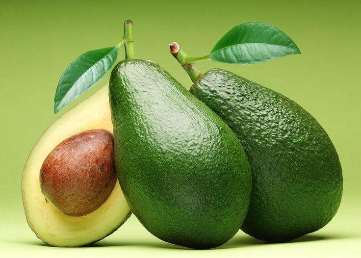 Невероятные свойства! Вы должны знать о них! Авокадо один из плодов, которые вместе с бананами и виноградом, имеют очень высокое содержание калорий. Но, это, как оказалось, полнейшая ложь. Истина заключается в том, что авокадо содержит столько же калорий как … Continue reading →