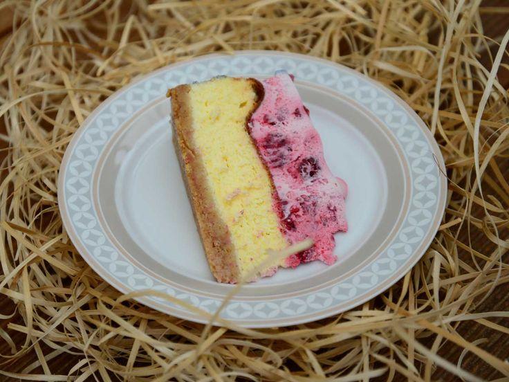 Pokud hledáte dokonalý recept na cheesecake, tak už nehledejte. Hledali jsme totiž za vás a vyzkoušeli jich desítky. Vyhrál tento vyladěný do léta. Elegantní dezert navíc není náročný na přípravu …