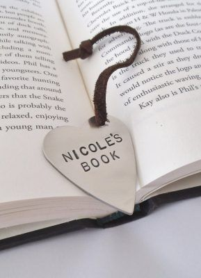Personalised Heart Shaped Bookmark  Makes a great gift for graduating students as well as teachers.