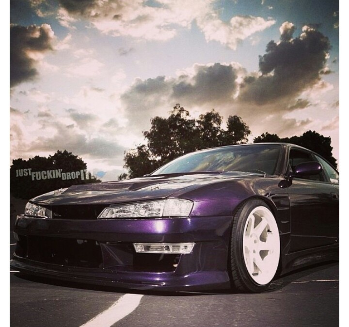 Nissan Silvia Violet.