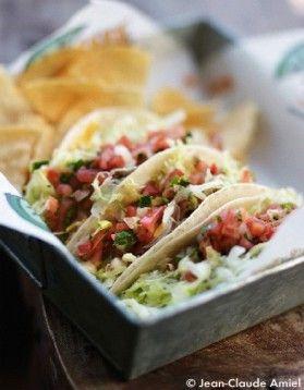 Tacos de poulet, sauce avocat                                                                                                                                                                                 Plus