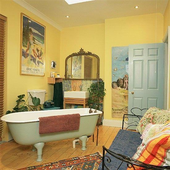 Die besten 25+ Yellow bathrooms inspiration Ideen auf Pinterest - wohnideen wohnzimmer gelb