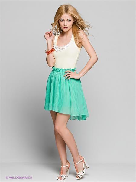 Платье белое с бирюзовой юбкой