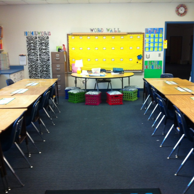 Classroom Decoration Desk Arrangements ~ Best images about classroom seating arrangements and