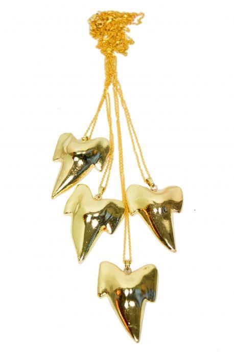 Collier/sautoir doré dent de requin