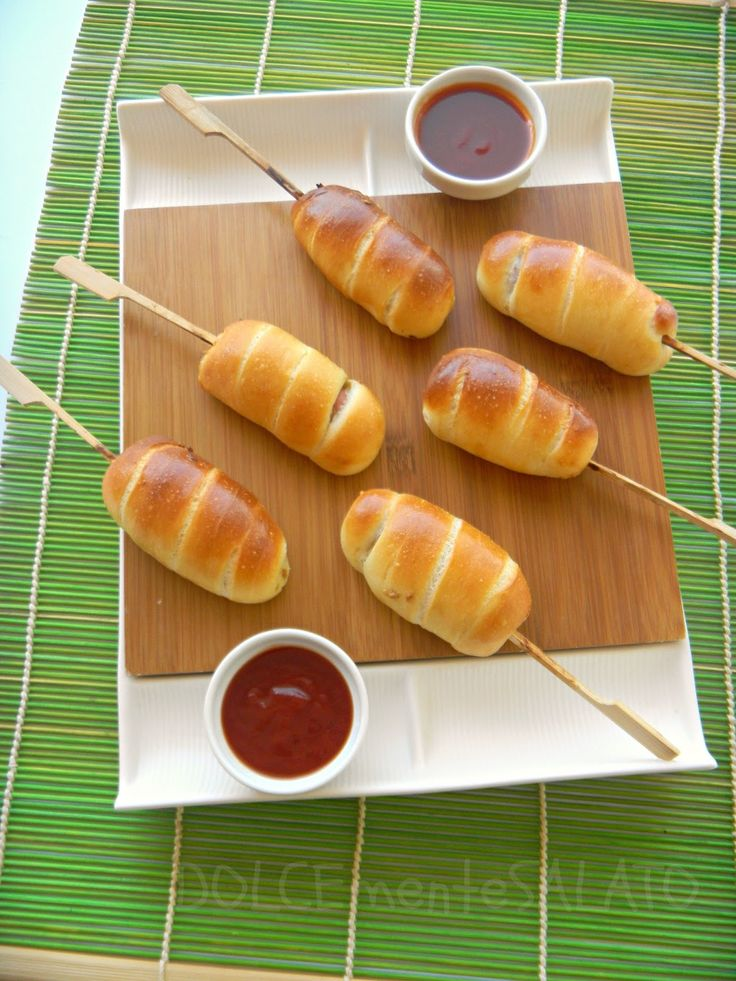 DOLCEmente SALATO: Mini hot dog in soffice pasta