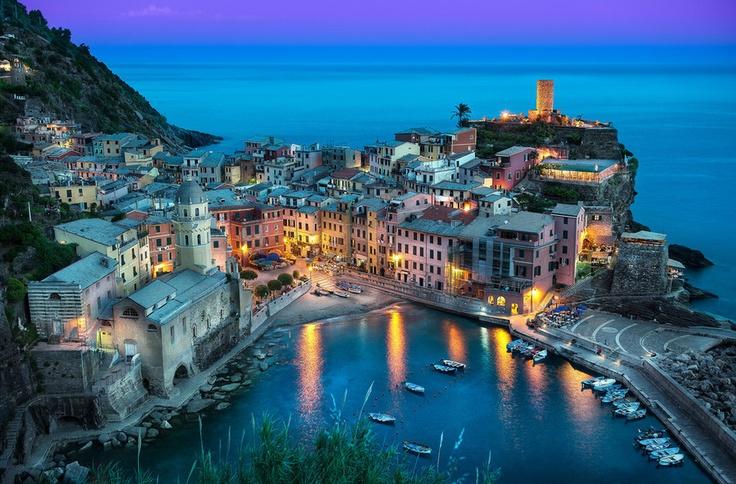 The Beautiful Vernazza - Cinque Terre, Italy || Photography by Elia Locardi www.blamethemonkey.com