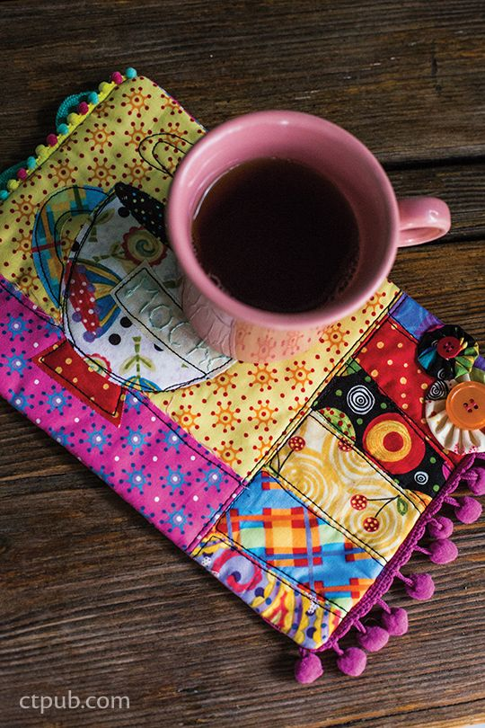 Stitch Kitsch: 44 Happy Sewing Projects from Home Decor to Accessories by Jennifer Heynen