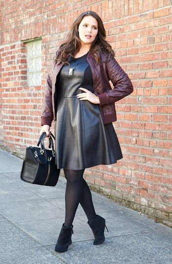 Vestido couro/ preto + vinho