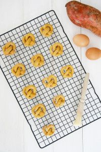 Sweet Potato Pretzel Dog Treats Recipe | Pretty Fluffy