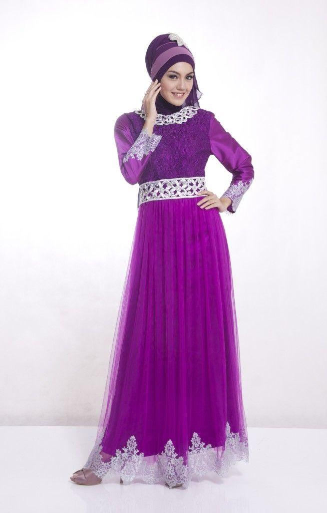 Gamis ungu yang elegan ini sangat cantik...lihat yuk dsn http://gamispesta.net/gamis-pesta-cleopatra-dress-ungu.html
