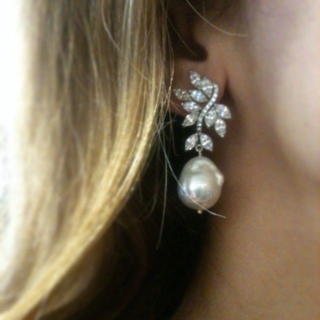 「 #jouel #pearls #atelierdehosgor process #jewelry #madeinturkey #GRANDBAZAAR #uae #dubai #saudiarabia #sharjah #abudhabi #riyadh #lebanon #bahrain #qatar… 」