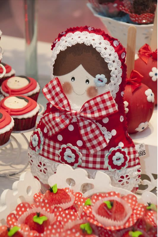 Matryoskas Party...love to make the doll