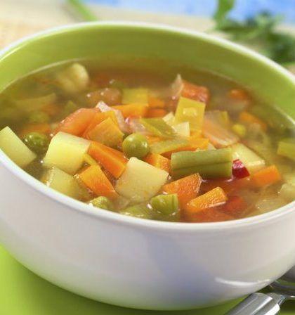 Sopa de verduras y judías