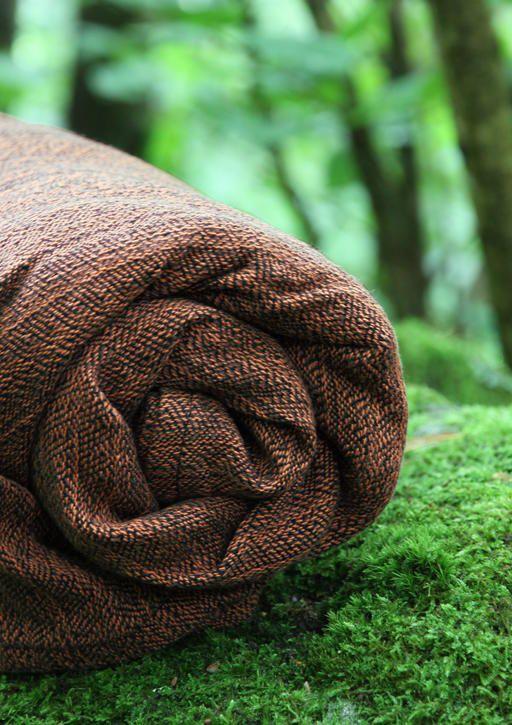 Solki Syksy 75% organic cotton 25% linen. #vanamo #vanamowrap #vanamosolki #linenwrap