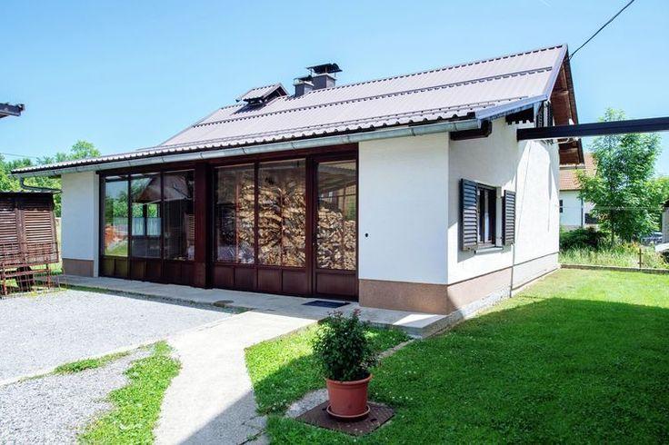 Eenvoudig doch compleet vakantiehuisje welke te vinden is in de regio Dalmatië. (Kroatië)