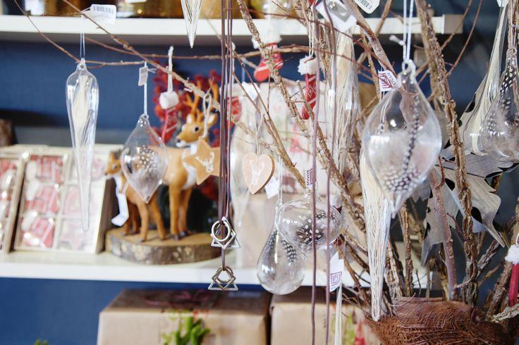 So many Christmas decorations!!! #christmas #decorations #holidays #rubyoak